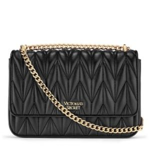NWT Victoria's Secret Chevron Quilt Shoulder Bag